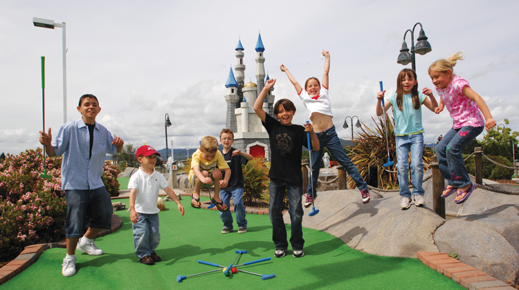 Rogue-Valley-mini-golf-medford-750