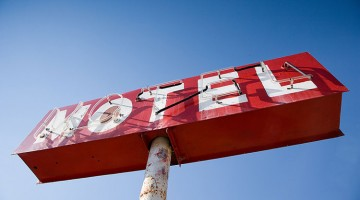 Holiday Motel, Kerby