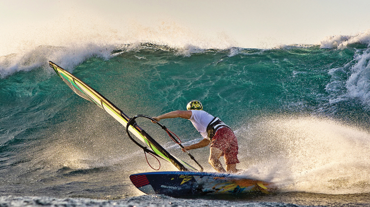 windsurfer-pistol-river-wave-bash-gold-beach-750