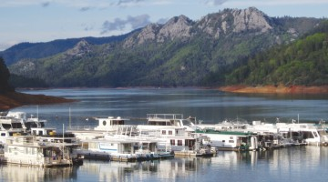 Holiday Harbor, Shasta Lake